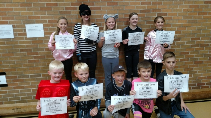 4th and 5th grade students. Trick and Trot winners.