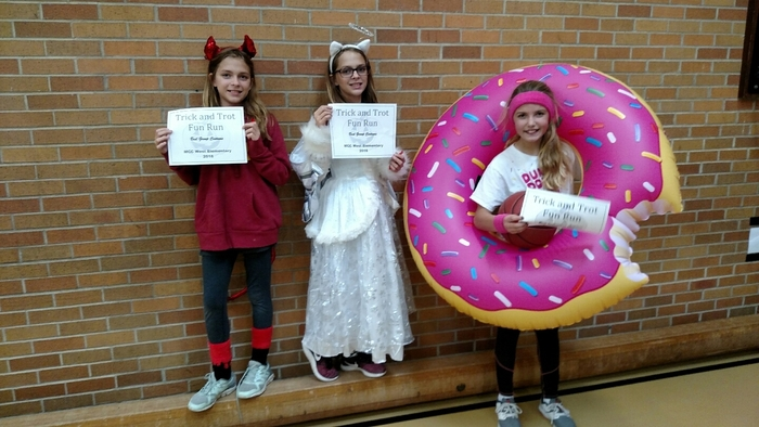 6th grade students. Trick and Trot winners.