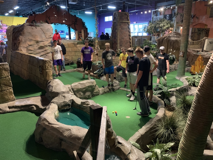 Grand Slam Mini Golf