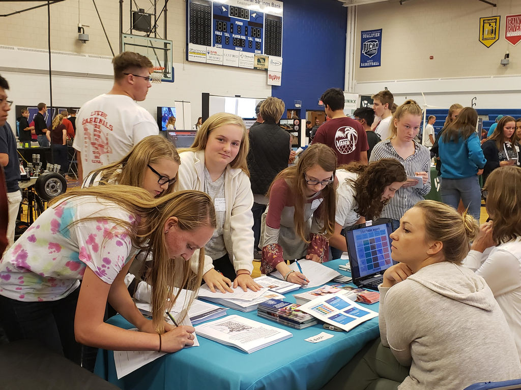 Students at the Career Fair in Worthington